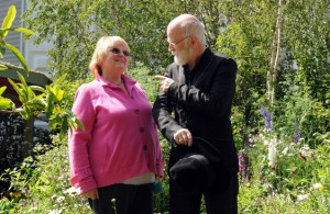 Marney Hall and Terry Pratchett in the SkyShades Garden
