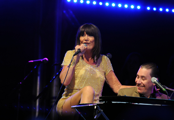 Sandie Shaw and Jools Holland