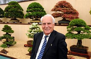 Reg Bolton