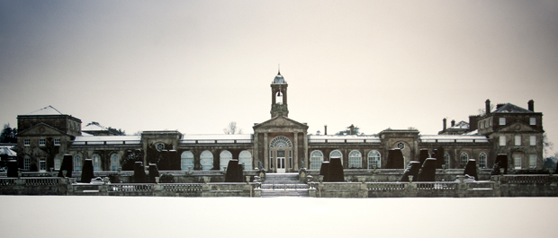 bowood-house-in-the-snow-banner